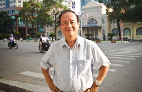 phi công Nguyễn Thành Trung, Hoa Kỳ, không quân Sài Gòn, dinh Độc Lập