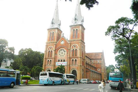 Nhà thờ Đức Bà hiện nay
