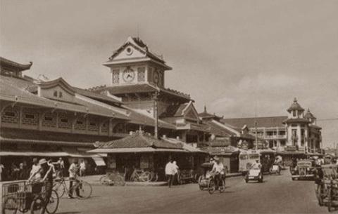 Một góc chợ Bình Tây (Chợ Lớn), khu chợ đầu mối quan trọng trong đời sống sinh hoạt của người Hoa ở Sài Gòn. (Ảnh: internet)