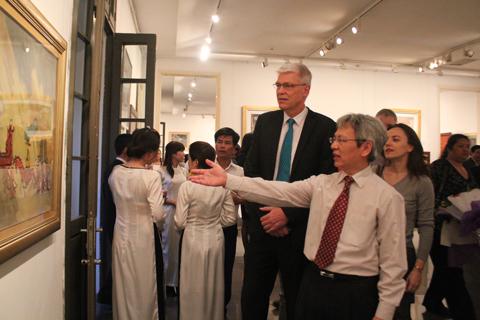 Bộ sưu tập tranh đáng nể của một chính trị gia Việt