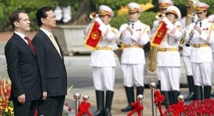 Nga, Thủ tướng, Medvedev, dầu khí, điện hạt nhân, chính sách Viễn Đông