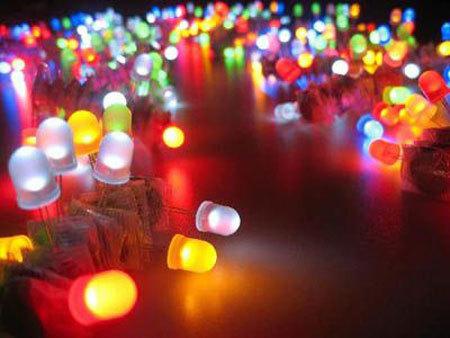 đèn LED, tiết kiệm điện năng, gây hại, mù lòa