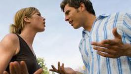 Ly hôn: Do phụ nữ đánh mất tính nhẫn nhịn, cam chịu?