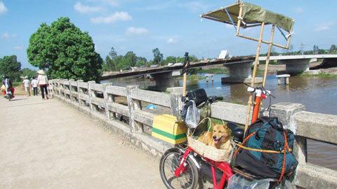 du lịch, xích lô, xuyên Việt, Nguyễn Thanh Tùng