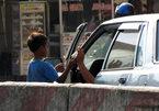 Đường dây tổ chức cho trẻ chặn ôtô xin tiền