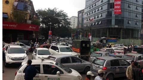 Taxi dù ở Thủ đô sắp 'hết cửa' làm ăn?