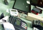 Bắt 4 người Trung Quốc dùng thẻ ngân hàng giả
