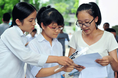 Đề thi tốt nghiệp, học sinh trung bình chăm là đỗ