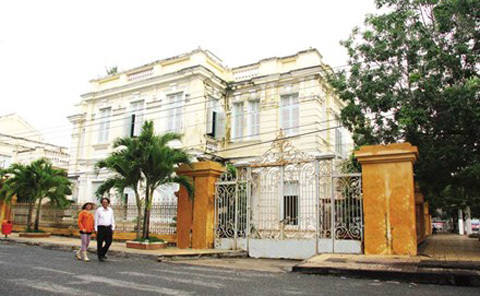 công tử Bạc Liêu, Nhà Lớn, Bảo Đại, 5 tấn vàng, Trần Trinh Trạch, Trần Trinh Quy