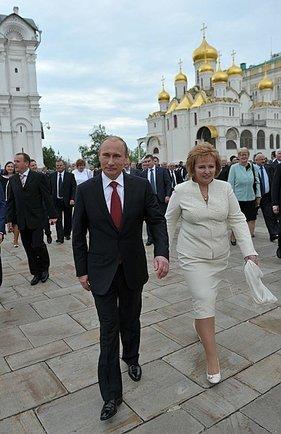 Putin, ly dị, Lyudmila