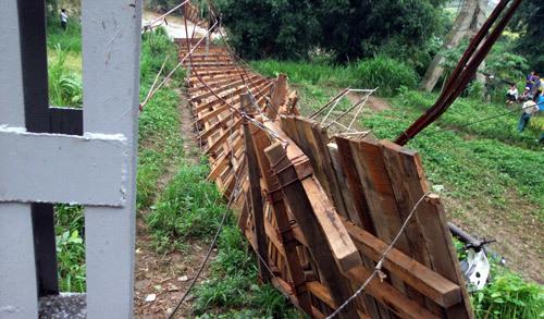 cầu treo; Phù Yên; Sơn La