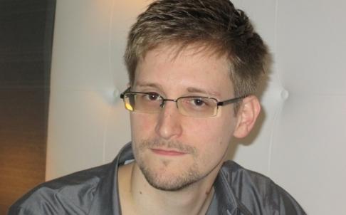 Snowden phủ nhận làm gián điệp cho Trung Quốc