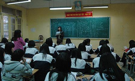 Trường được dạy thêm, thu tối đa 32.000đ/tiết học