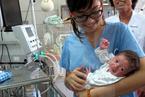 Bé sống sót kỳ diệu khi thai phụ hôn mê 3 tháng
