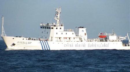 Tàu Trung Quốc đeo bám bãi cạn Scarborough