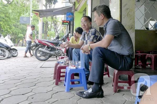 1 góc cà phê Nguyễn Du