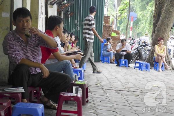 cafe, phố cổ, Hà Nội, quán cafe, cafe, vỉa hè, triệu việt vương, Nhà Thờ Lớn, nguyễn du, Hồ Thiền Quang,
