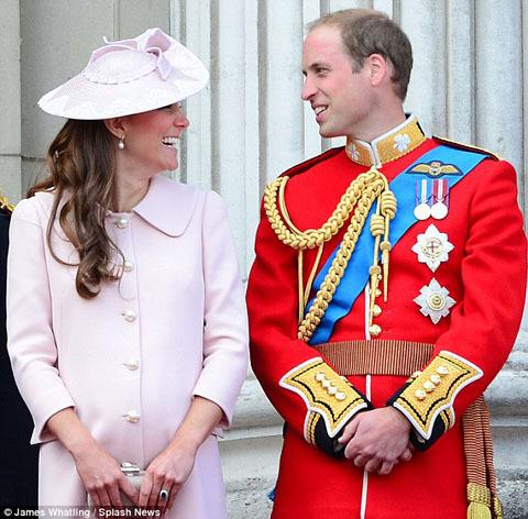 Công nương Kate đã trở dạ