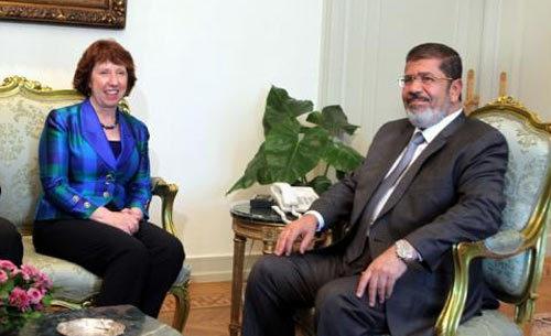 Hé lộ tin về Tổng thống Ai Cập bị lật đổ