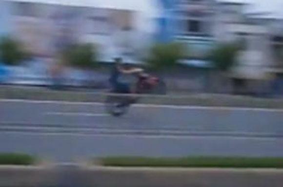 Lạnh người xem 'quái xế' đua xe ở Sài Gòn