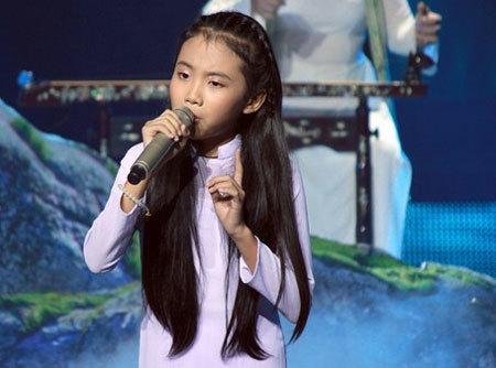 BTC Giọng hát Việt nhí lên tiếng vụ clip Phương Mỹ Chi bị xóa