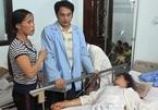 Lật xe khách ở Lào, 15 người thương vong