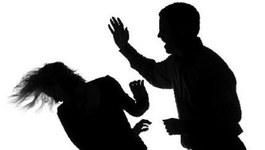 Nữ sinh đau đầu vì người yêu vũ phu
