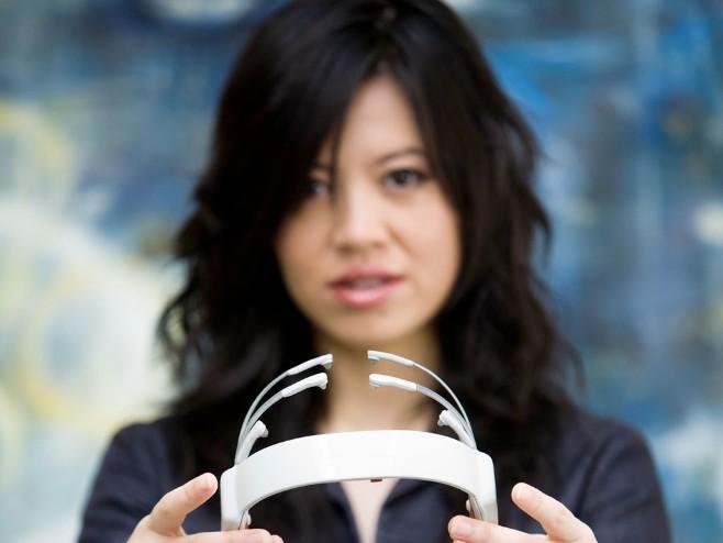 máy đọc ý nghĩ, Google Glass, đe dọa, người Mỹ gốc Việt