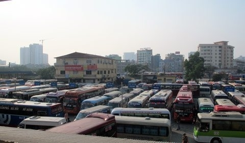 Hà Nội điều chuyển hơn 200 xe khỏi bến Mỹ Đình