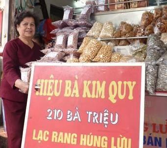Thương hiệu 'quý bà, quý cô' vang danh vỉa hè Hà Nội