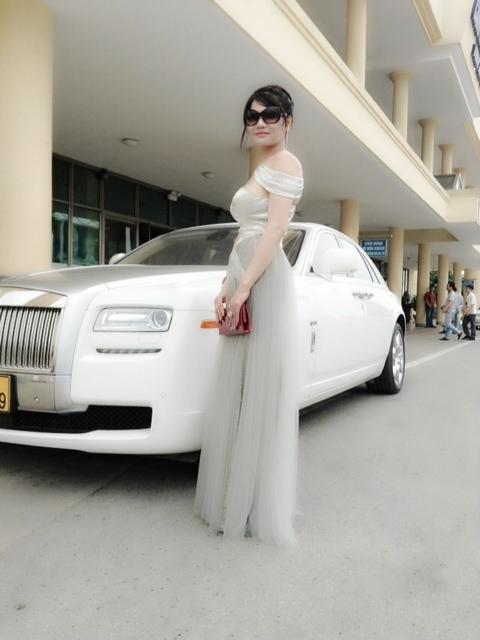 bà Liễu, Hà Tĩnh, đại gia, siêu xe