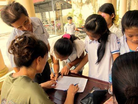 hoàn cảnh khó khăn, Amway Việt Nam, đồ dùng học tập