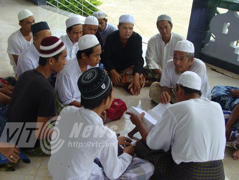 người Chà, người Chăm, đạo Hồi, An Giang
