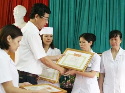 Bệnh viện Hoài Đức, nhân bản xét nghiệm, y đức, Hoàng Thị Nguyệt, tham nhũng, cấp phép khai khoáng, tài nguyên khoáng sản