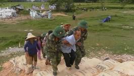 Hàng ngàn người diễn tập ứng phó động đất