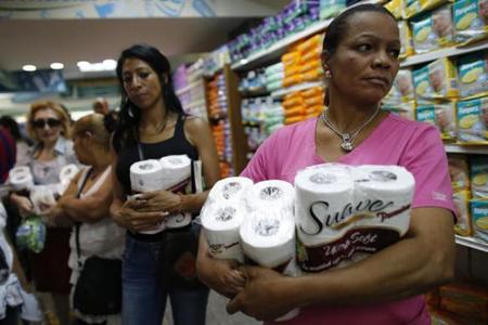 Lạ lùng khủng hoảng ớt, tỏi, giấy vệ sinh
