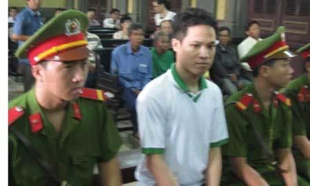Người trắng án sau 2 lần bị tuyên tử hình lại ra tòa