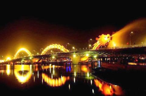 Kỷ lục, cầu Rồng, đèn LED, sông Hàn