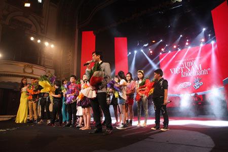 """Sao The Voice Kids gây quỹ """"Vì một VN khỏe mạnh"""""""