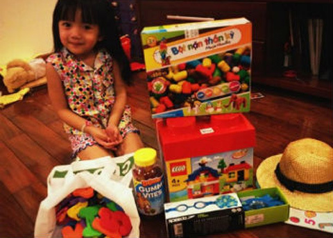 """Đổ xô đi thuê đồ chơi """"xịn"""" cho con"""