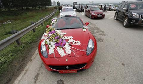 xe hoa, siêu xe, xe cưới, Ferrari, Rolls-Royce Ghost, Maybach 62s