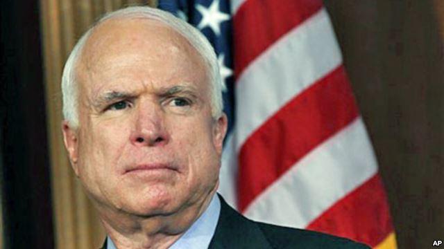 John McCain kể về 2 lần gặp Tướng Giáp