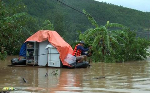 mưa to, nước lũ, ngập nóc nhà, Tuyên Hóa, Quảng Bình