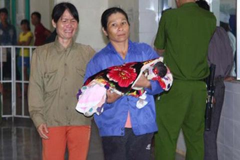 Ba trẻ chết do tiêm nhầm thuốc gây co bóp tử cung