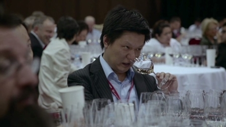 Nhậu quá đà, thế giới đang thiếu rượu