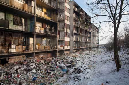 Sự tồi tàn bên trong 'Thủ đô Văn hoá châu Âu'