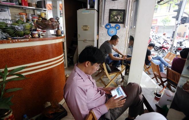 cafe, công nghệ, số hóa, smatphone, iPad