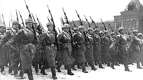 liên xô sụp đổ, Lênin, Đảng Bonsevich, đấu tranh vô sản - tư sản