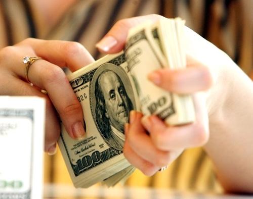 Không thể cấm dân nhận kiều hối bằng USD