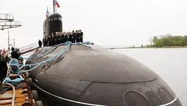 Việt-Nga ký biên bản chuyển giao tàu ngầm đầu tiên